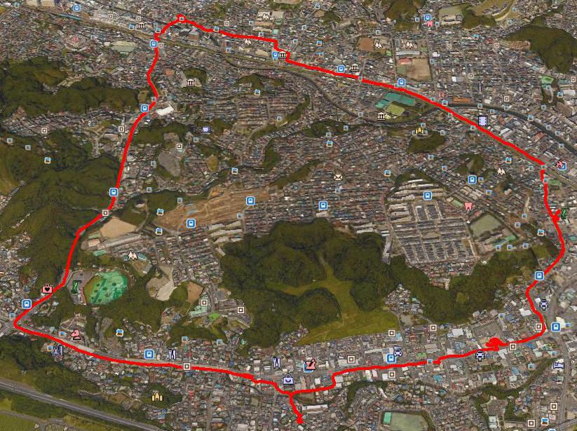 県立横須賀高校の前を通って